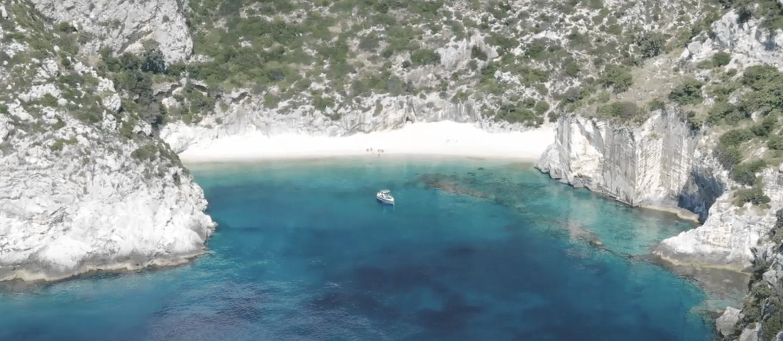 Top shot of an amphibious Iguana boat at sea