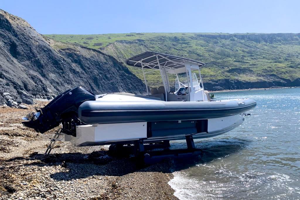 uk-test-campaign-iguana-yachts
