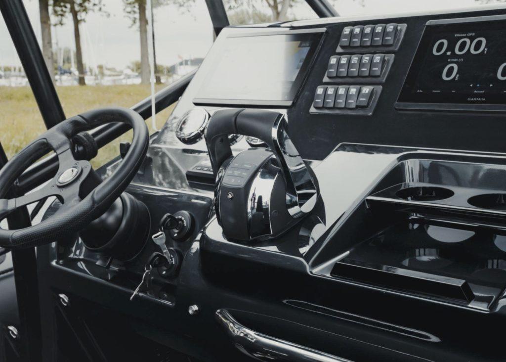 Iguana Pro Rider console