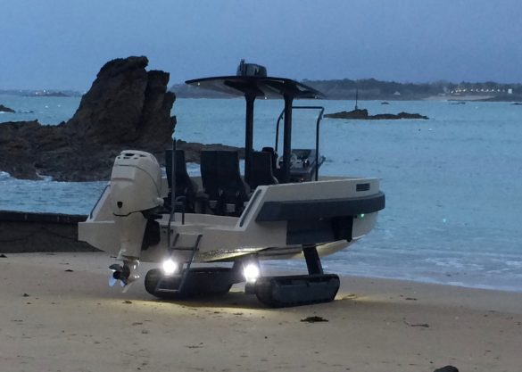 Beach amphibious boat with tracks