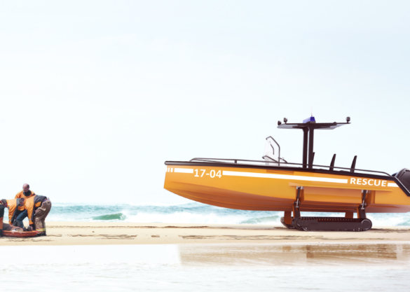 Amphibious rescue boat with tracks
